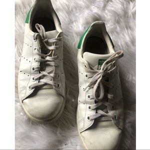 STAN SMITH SIZE 6 💚 WORN, BUT WEARABLE